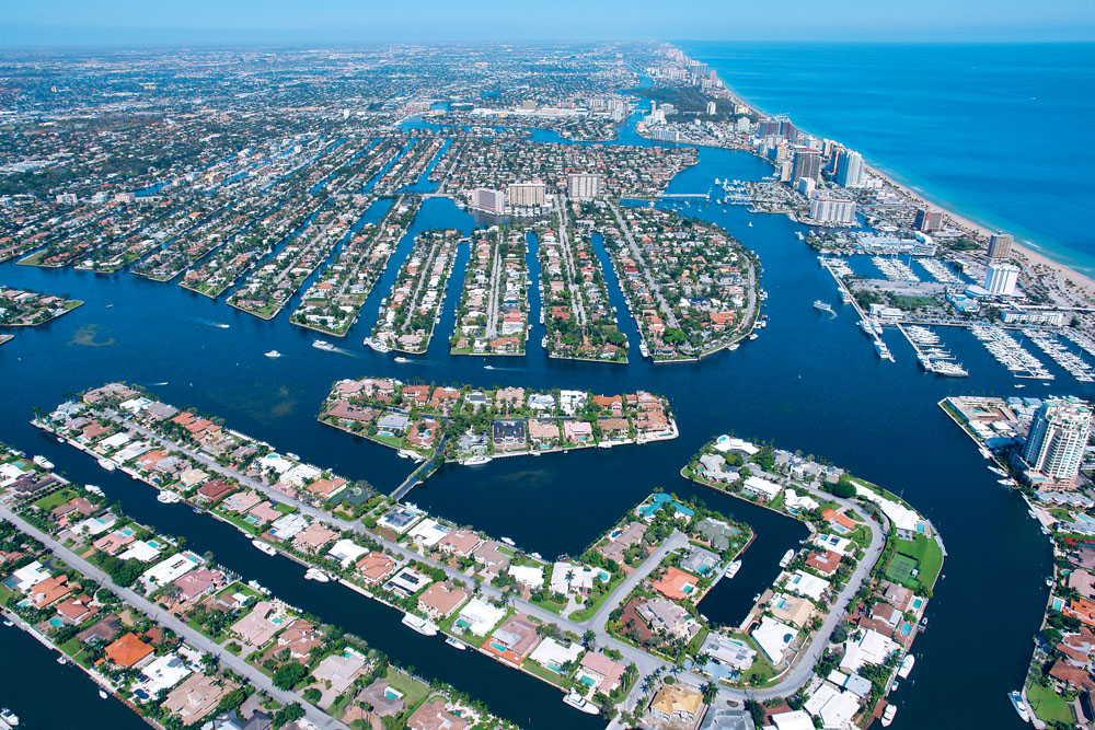 Intracoastal Waterway yachting estate, Fort Lauderdale